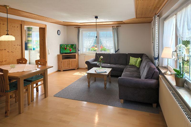 3-Zimmer-Ferienwohnung: Kornblume :: 77 m²