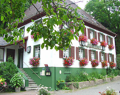 Landgasthof-Pension Jägerhof   340 m ü. NN