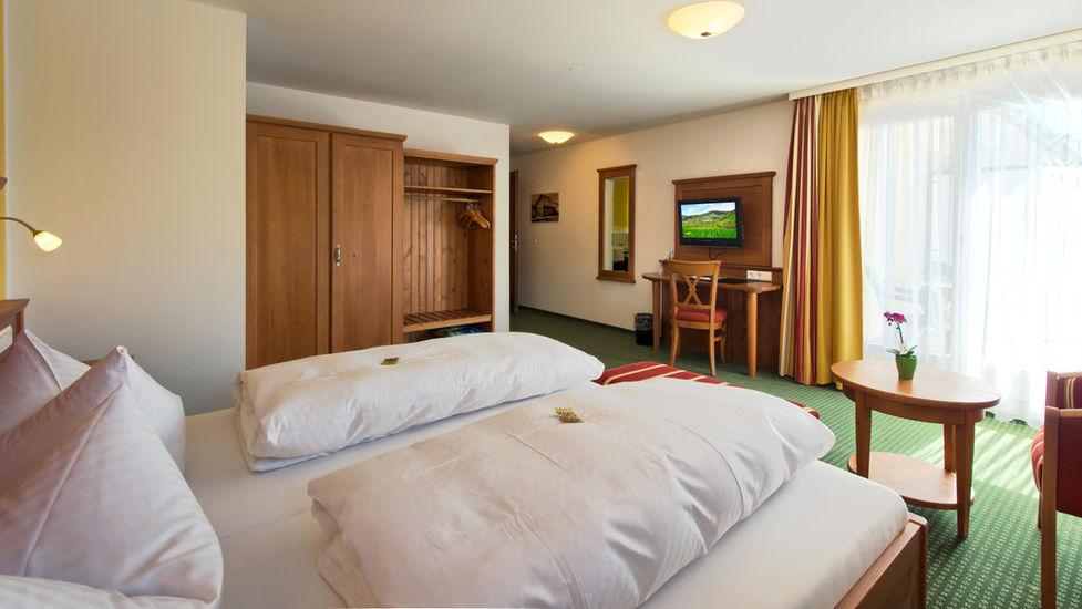 Gasthaus l wen gasthof 79872 bernau feldberg belchen for Komfortzimmer doppelzimmer unterschied