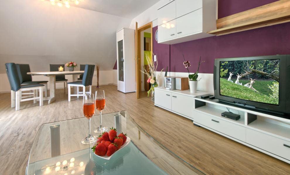 3-Zimmer-Ferienwohnung: Schwarzwaldblick :: 75 m²