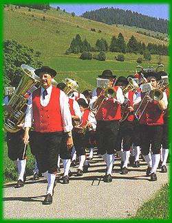 Trachtenträger in Bernau im Schwarzwald