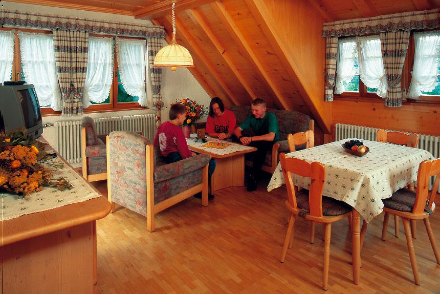 3-Zimmer-Ferienwohnung: FW-Kupferberg :: 71 m²