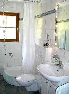 2-Zimmer-Ferienwohnung: Bachgefluester :: 43 m²