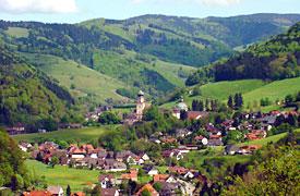 Münstertal mit seinen unzähligen gepflegten Wanderwegen